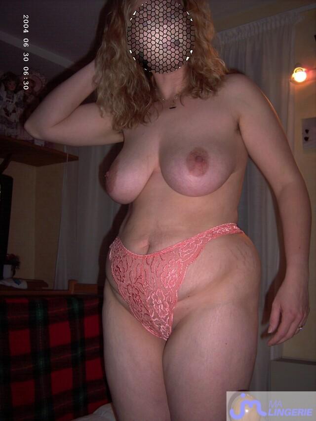 Photo de la lingerie de Lablondeleblon57