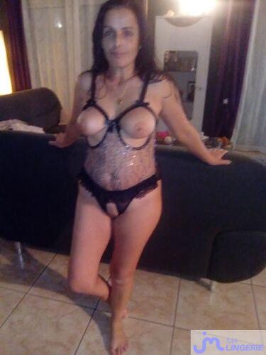 Photos de la lingerie de Lovecoquin, le body ouvert
